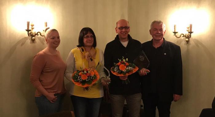 Sportlerin des Jahres Doris Maronn (2. v. links) und Sportler des Jahres Gerd Lohaus (3. v. links)